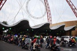 Taman Impian Jaya Ancol mulai dpadati pengunjung