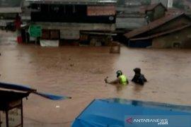 Banjir landa pemukiman di Bandung Barat