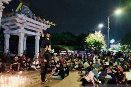 Pemuda Surabaya memulai 2020 dengan doa lintas agama