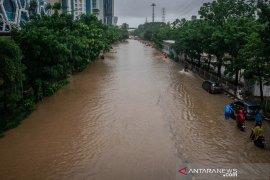 Kepala BNPB  tinjau banjir Jakarta dengan helikopter