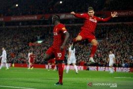 Liverpool  semakin kokoh di puncak klasemen