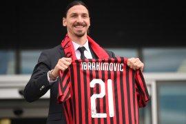 Ibrahimovic langsung cetak gol di laga pertamanya bersama Milan