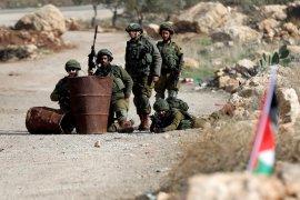 Pasukan Israel menembak dan menewaskan tiga warga Palestina
