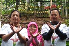 Bima Arya saksikan bunga bangkai mekar di Kebun Raya Bogor