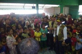 Menteri pastikan anak-anak korban bencana di Lebak bisa belajar