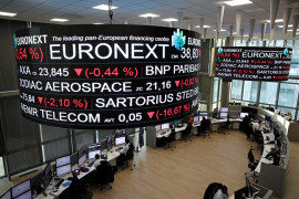 Saham Prancis terus terpuruk,  indeks CAC 40 anjlok 2,11 persen