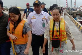 Di Labuan Bajo, Basarnas selamatkan lima wisatawan asal Solo