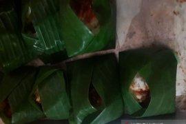 Makanan khas Banjar masih menjadi menu harian di Tembilahan, Riau.