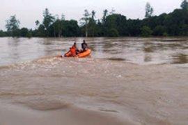 Tim temukan tiga korban perahu karam meninggal dunia
