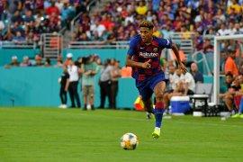Milan berunding dengan Barca untuk rampungkan transfer Jean-Clair Todibo