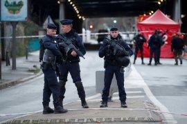 Prancis tembakkan gas air mata, bubarkan peringatan kematian pria kulit hitam 2016