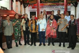 Kunjungi Taput, Menpora: Semangat Pak Bupati tidak jauh-jauh