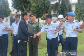 Helikopter Presiden balik arah karena cuaca buruk di Sukajaya Bogor
