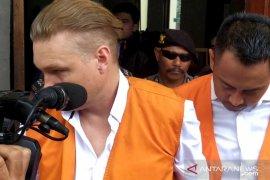 Dua pengguna narkoba Australia terima vonis pengadilan Denpasar