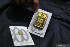 Anjlok Rp10.000, harga emas Antam Rp1.020.000 per gram
