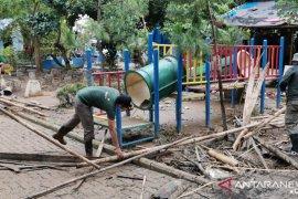 Kawasan wisata bantaran Cisadane Tangerang ditata kembali usai banjir