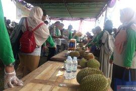 Bangka Tengah gelar kontes durian lokal