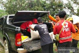 PMI Jabar distribusikan beras untuk pelayanan dapur umum bagi korban banjir