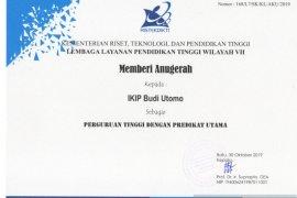 IKIP Budi Utomo Malang raih penghargaan perguruan tinggi predikat utama