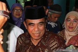 Menteri Agama sebut masih kaji pemulangan mantan ISIS