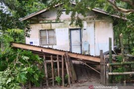 Tujuh rumah rusak akibat gempa di Simeulue