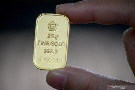 Harga emas terus menurun