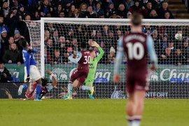Leicester ditahan seri Villa pada leg pertama