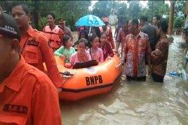 Ratusan rumah di Indramayu terendam banjir
