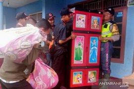 Seluruh warga kampung Cibadak di Cianjur diungsikan