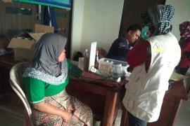 Terjangkit penyakit, ribuan warga korban bencana Lebak kunjungi pos kesehatan