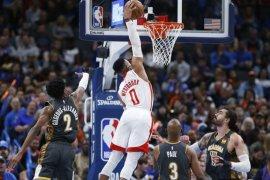 Rockets kalah meski Westbrook menggebrak