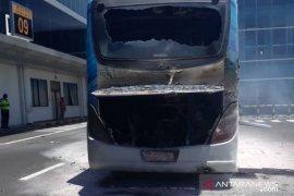AP: bus penumpang Bandara Ngurah Rai terbakar