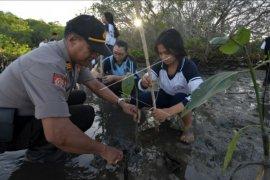 Polri peduli lingkungan Bali