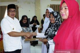 Aceh Barat kembalikan bidan ke desa cegah stunting