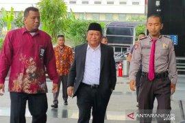 KPK sita Rp1 miliar hasil geledah rumah dinas Bupati Sidoarjo Saiful Ilah