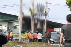 Kabel terkelupas, pekerja PLN Bengkulu kesetrum