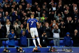Liga Inggris  - Ancelotti angkat topi untuk Richarlison