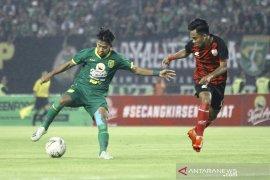 Pelatih Persebaya  Aji Santoso nilai uji coba lawan Persis Solo tingkatkan mental bermain