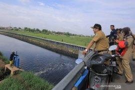 PUPR Kota  Tangerang kosongkan embung upaya mitigasi banjir