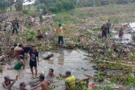 Bupati Tapin: Masih banyak sampah rumah tangga kotori sungai