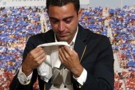 Sempat menolak, Xavi  kini sudah siap latih Barcelona