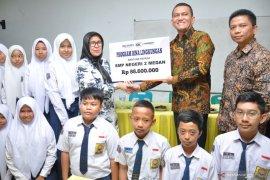 Askrindo salurkan CSR benahi dua mushala sekolah di Medan