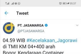 Truk Kontainer kecelakaan di Tol Jagorawi KM 04 arah Bogor