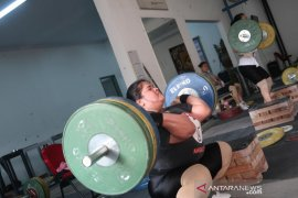 Uji tanding lifter Indonesia padat jelang Olimpiade 2020 Tokyo