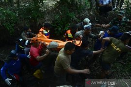 Evakuasi korban terseret air sungai Page 2 Small