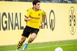 Borussia Dortmund promosikan Gio Reyna