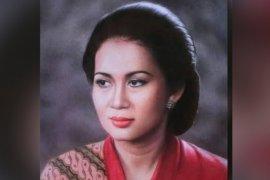 Sebelum wafat, keluarga ungkap keinginan terakhir aktris Ade Irawan