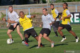 Pelatih kiper Bali United bocorkan kekuatan Melbourne Victory