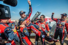Sainz raih gelar ketiganya di Reli Dakar