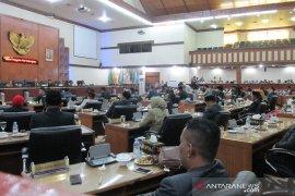Tiga fraksi DPR Aceh tolak penetapan alat kelengkapan dewan